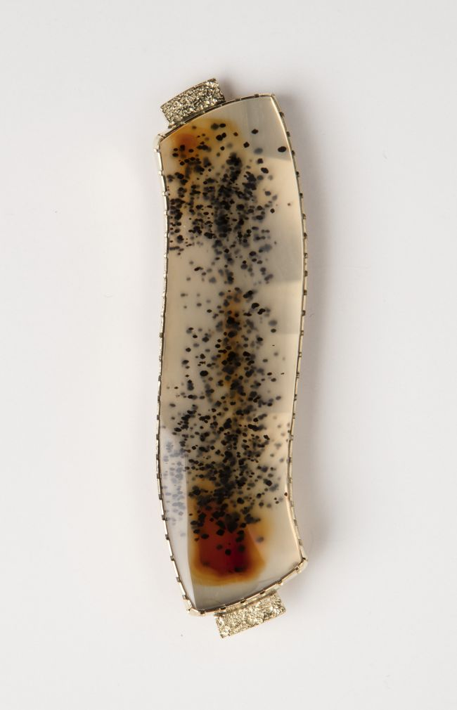 Pin: Curved Montana Agate w/ Tufa-cast Flanges